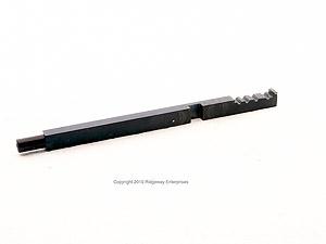 PTO/hydraulic pump shifting rod