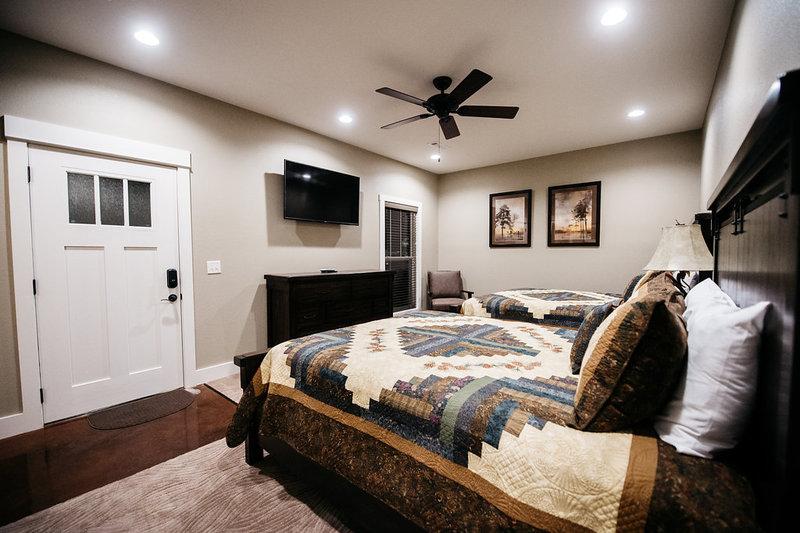 Lodge Suite 5