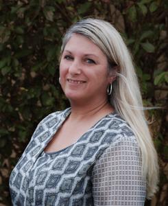 Robyn Ford, Support Staff
