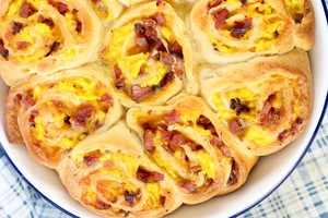 Ham and Egg Breakfast Rolls