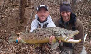 The White River Inn, Man trout fishing on the White River in Arkansas, Arkansas fising trip